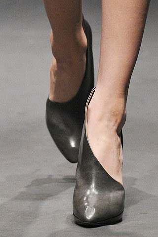 lanvin cut out booties