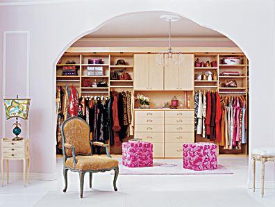 wardrobe room 11