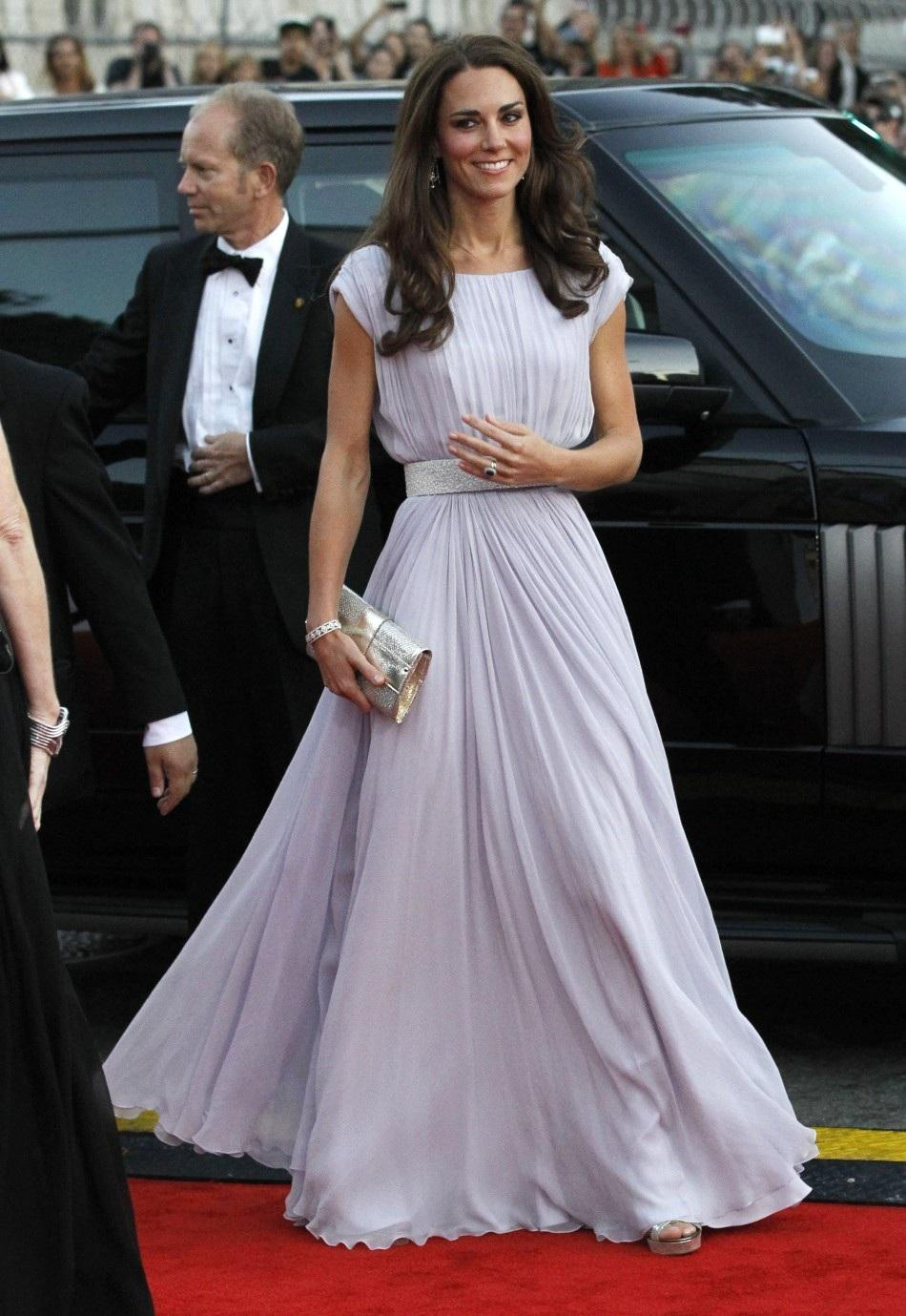 helicopter for prom with Style Icon Kate Middleton on Falling A Lot further phantomhire moreover Prom In The Ghetto moreover Style Icon Kate Middleton in addition 30 Weird Crazy Hairstyles Photos.