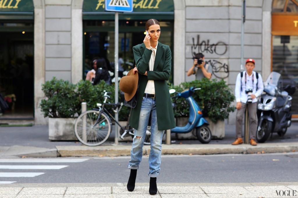 models-off-duty-street-style-milan-fashion-week-spring-summer-2013-boyfriend-jeans-coat-hat