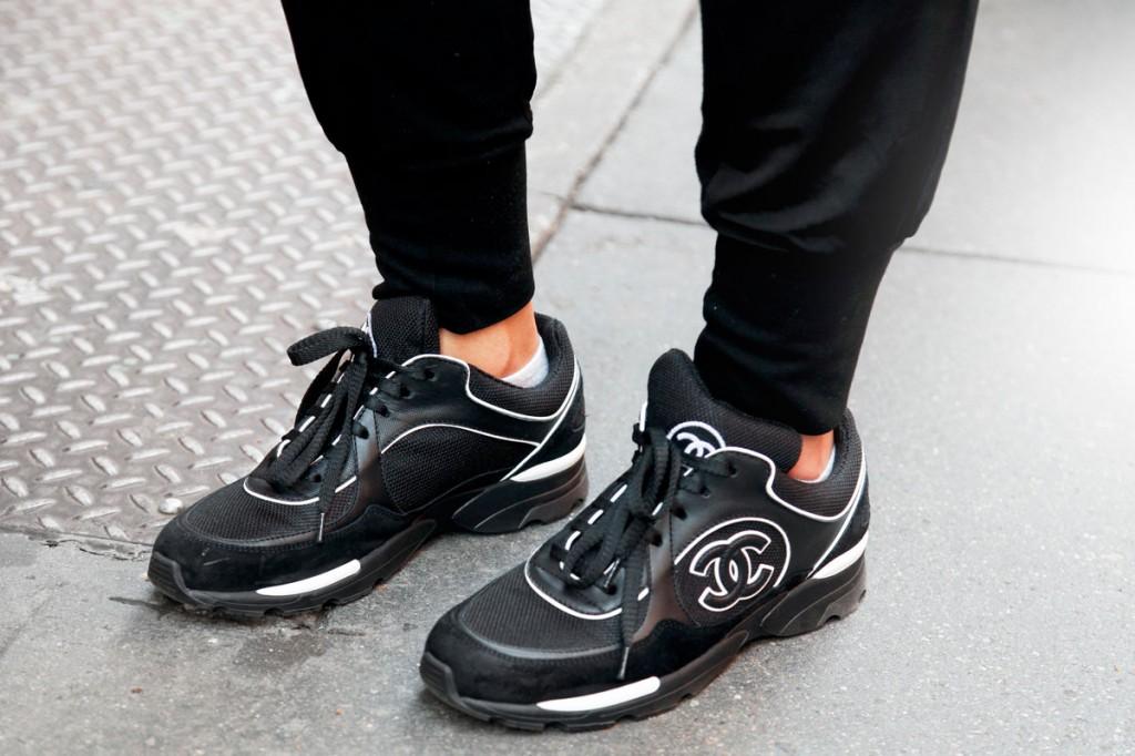 17-street-style-chanel-sneakers-xln