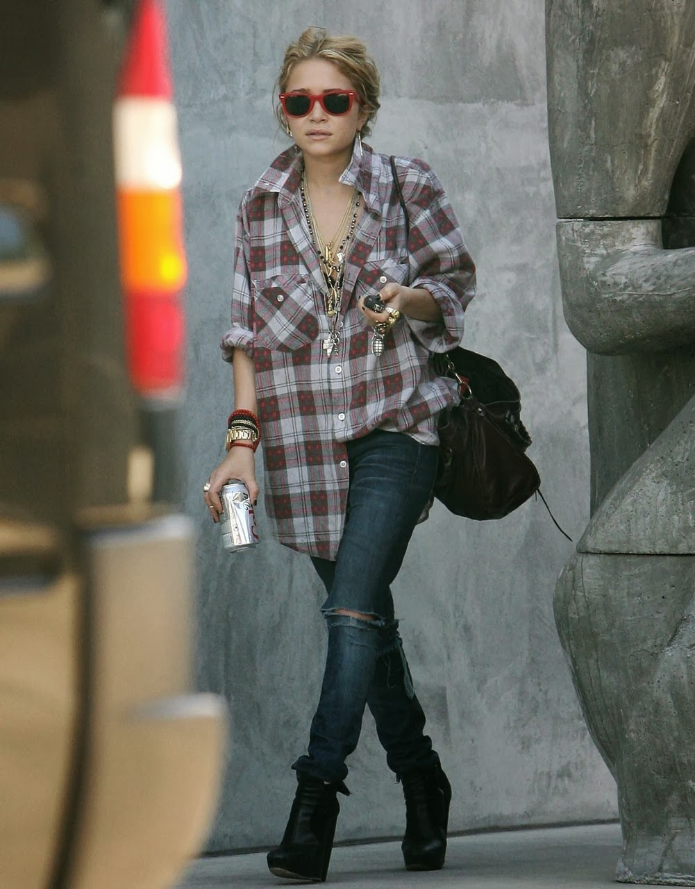 10 Ways To Wear Flannel Lauren Messiah