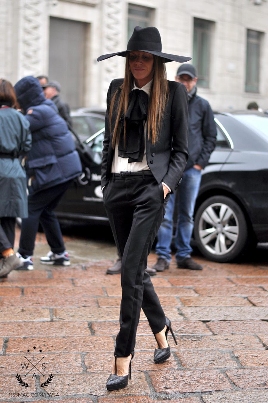 la-modella-mafia-Anna-Dello-Russo-Spring-2013-street-style-in-Saint-Laurent-2