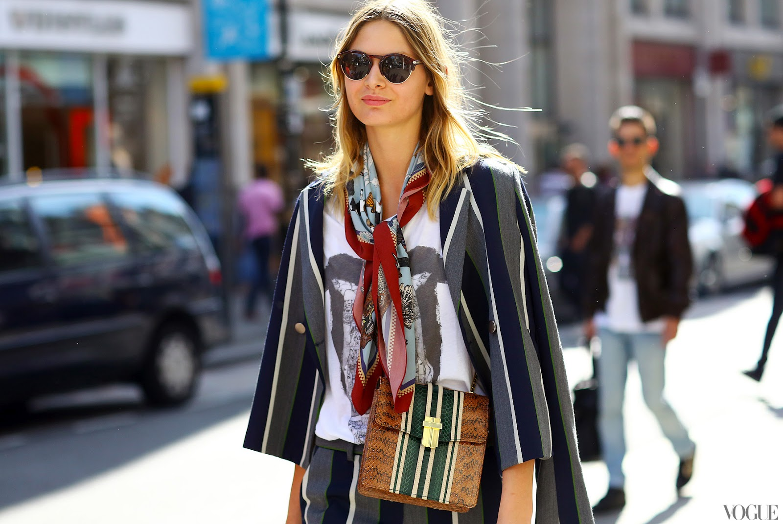 15 Stylish Ways To Wear A Silk Scarf Lauren Messiah