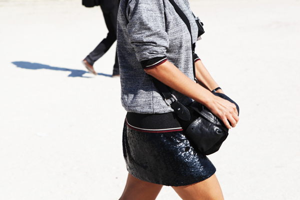 paris-street-style-sweatshirt-and-sparkly-skirt