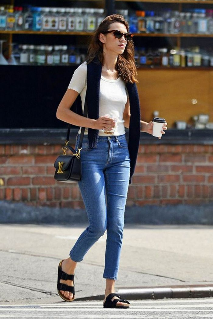 2ccc9b88e87a What to Wear With Birkenstocks