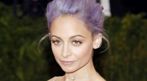 Nicole-Richie-debuts-blue-hair-discusses-new-series-Candidly-Nicole