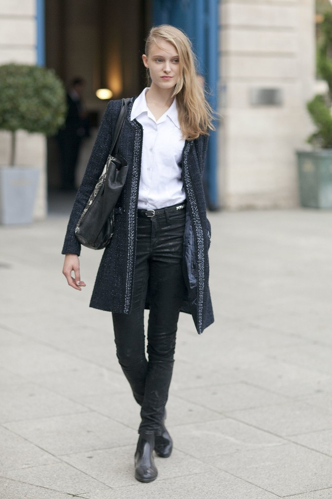 When-Paris-add-sophisticated-tweed-cardigan-you-jeans