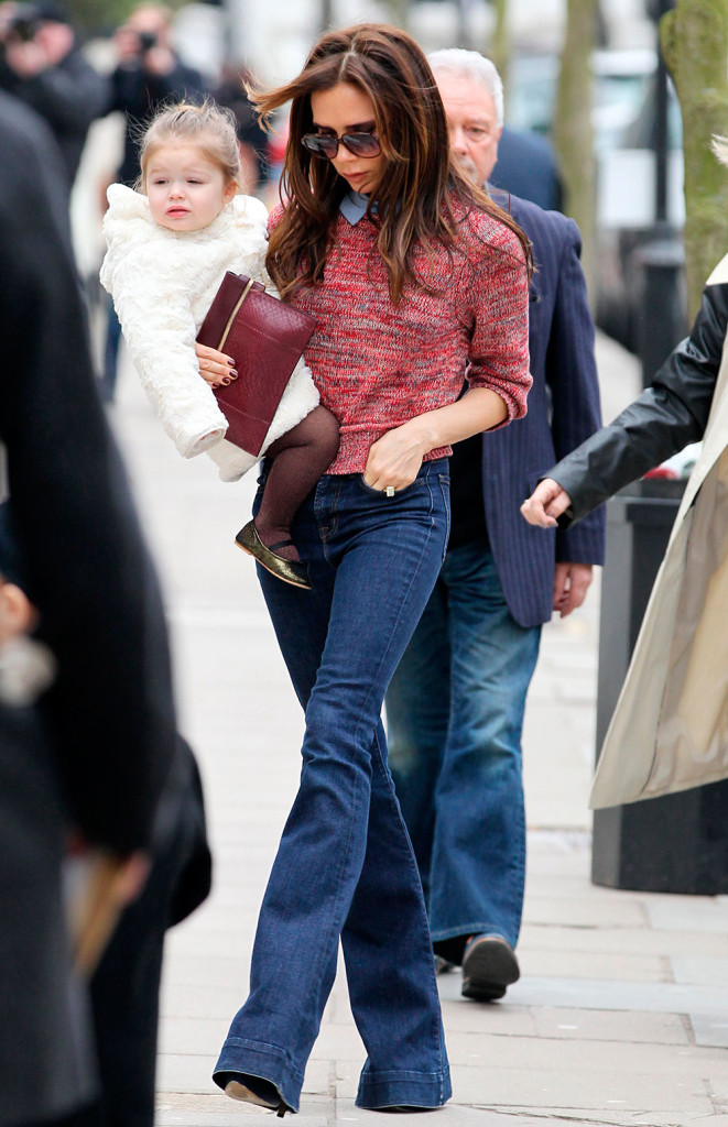 street style flare jeans