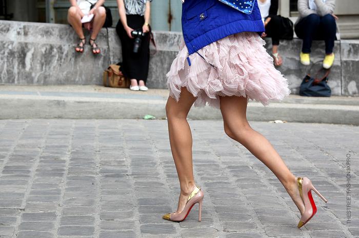 la-modella-mafia-model-off-duty-street-style-Chanel-+-Christian-Louboutin-2