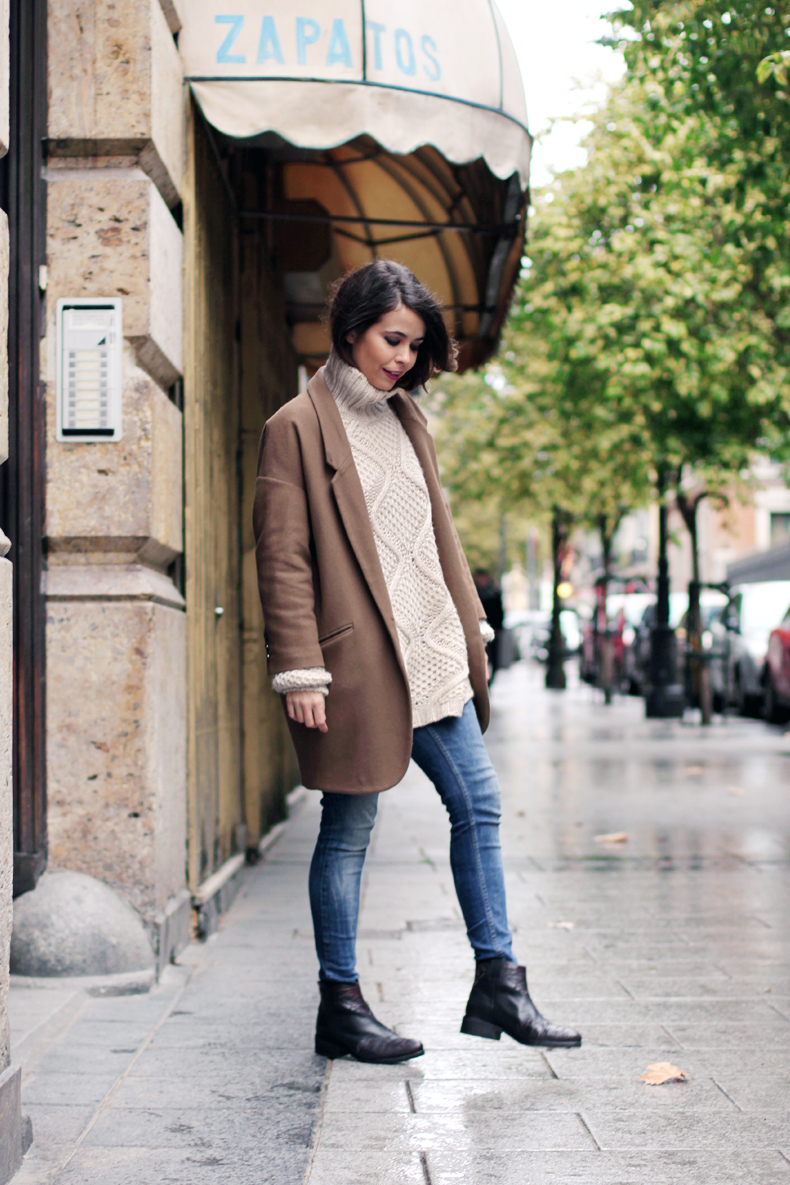 10 Ways to Wear a Camel Coat | Lauren Messiah