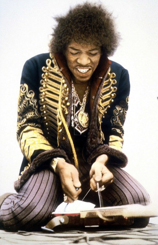 jimi_hendrix_military_jacket