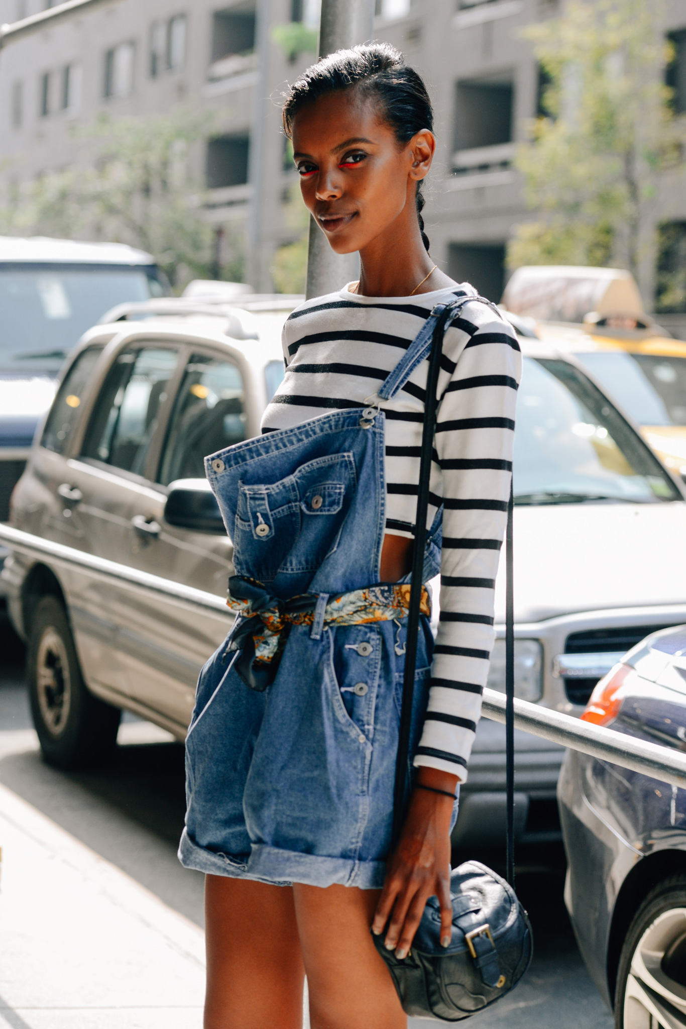 How To Style A Home Fit For A Family: 10 Ways To Wear Short Overalls
