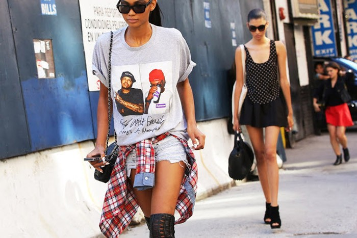 t-shirt-style-new-york-street-style-hot-fashion-trend-fall-2014-nyfw-statement-rapper-tees