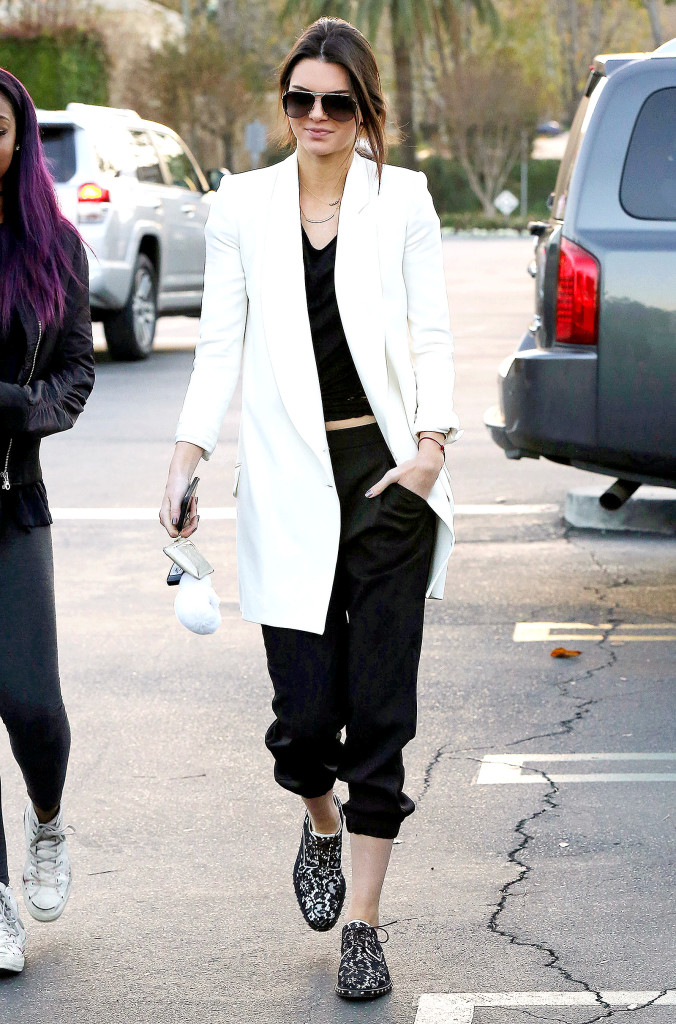 1420476248_kendall-jenner-zoom