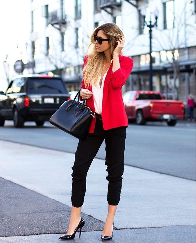 blazer-sweatpants-street-style