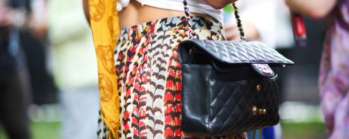 lollapalooza-street-style-print-pants-chanel-bag-alexander-mcqueen-scarf