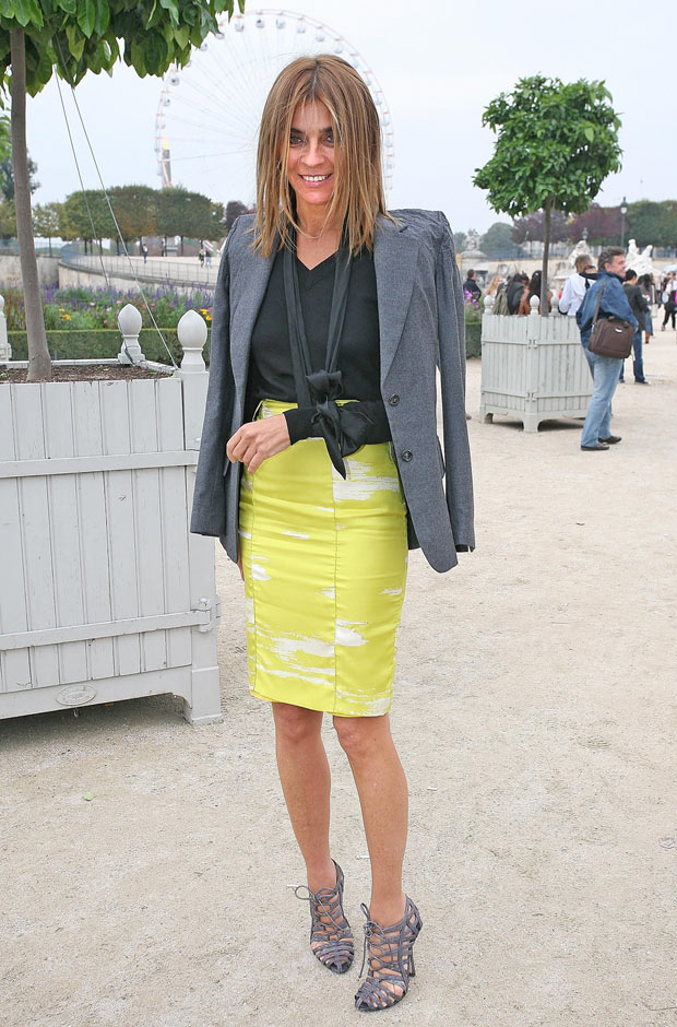 carine-roitfeld-style-evolution-oct-2007-paris-fashion-week-620bes121710